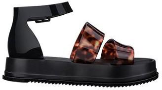 Melissa Model Platform Sandal