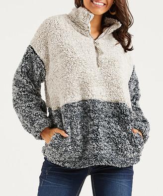 Suzanne Betro Weekend Women's Fleece Jackets 102IVORY - Ivory & Black Color-Block Pocket Fleece Teddy - Women & Plus