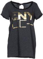 Liviana Conti T-shirts