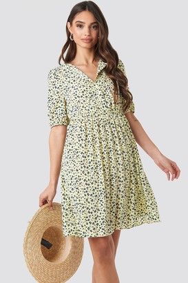 NA-KD Short Sleeve Pleated Skirt Dress