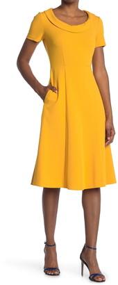 Donna Morgan Scoop Neck Fit & Flare Midi Dress