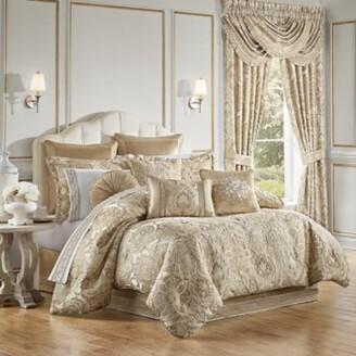 J Queen New York Sandstone 4-Piece Reversible California King Comforter Set in Beige
