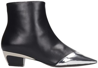 N°21 N.21 Low Heels Ankle Boots In Black Leather