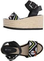 Cuplé Sandals - Item 11218300