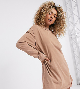 Collusion acid wash t shirt dress with exposed seams in tan