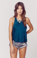 Blue Life in love tank