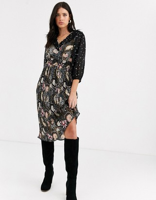 Vero Moda midi dress with ruffle detail in mixed floral and paisley print-Black