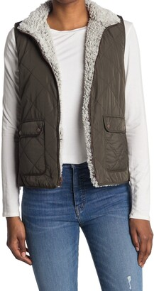 Thread and Supply Wubby Reversible Fleece Lined Quilted Vest