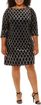 Jessica Howard 3/4 Sleeve Diamond Shift Dress - Plus