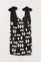 H&M Short sequined dress