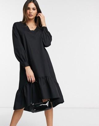 Vero Moda midi smock dress with balloon sleeves in black
