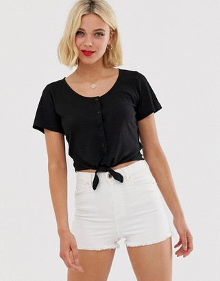 Brave Soul crop t shirt with tie front and button detail-Black
