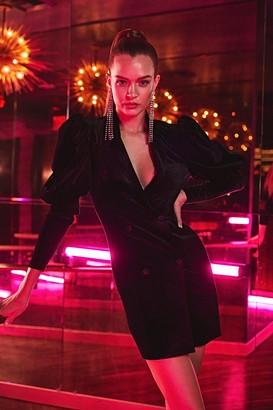 boohoo Velvet Statement Sleeved Tuxedo Dress