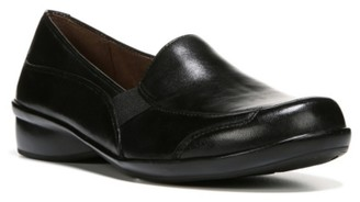 Naturalizer Carryon Loafer