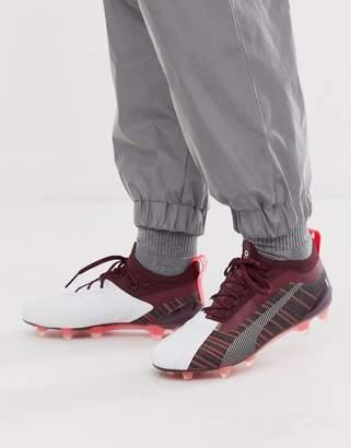 Puma One football boots in burgundy