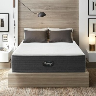 "Simmons Hybrid 14.5"" Ultra Plush Hybrid Mattress and Box Spring Mattress Size: Twin XL, Box Spring Height: Low Profile"