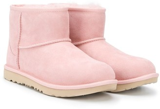 Ugg Kids TEEN Mini Classic 11 boots