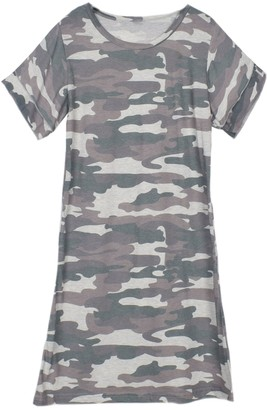 Goodnight Macaroon 'Jory' Ruffled Sleeves Camouflage T-shirt Dress