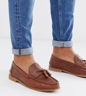 ASOS DESIGN Wide Fit tassel loafers in tan leather with natural sole