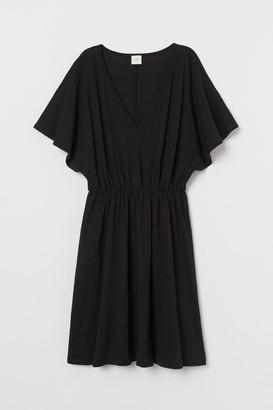 H&M Butterfly-sleeved jersey dress
