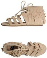 D&G Sandals