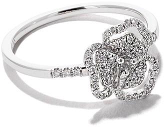 As 29 AS29 18kt white gold Roselia Flower Line small diamond ring