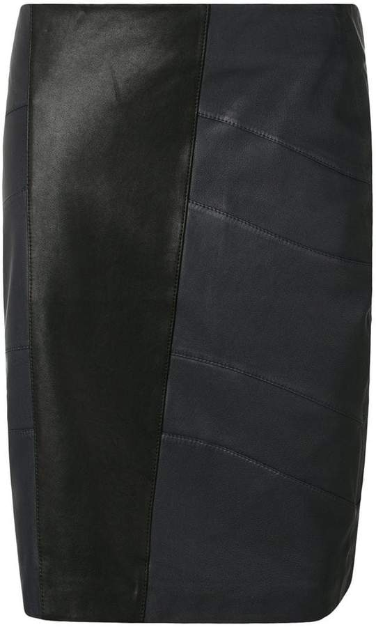 Closed midi straight skirt