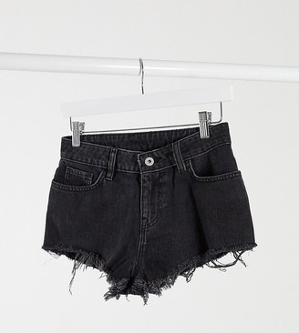 Collusion denim hot pants in washed black