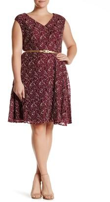 London Times Cap Sleeve Lace Dress (Plus Size)