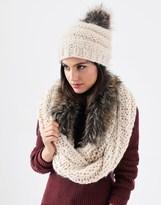 Alice Hannah Faux Fur Pom Chunky Beanie