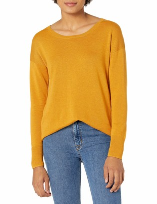 Amazon Essentials Women's Lightweight Scoopneck Tunic Sweater