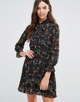Yumi Flower Print Long Sleeve Dress