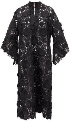 La Vie Style House - No. 305 Guipure-lace Kaftan - Black
