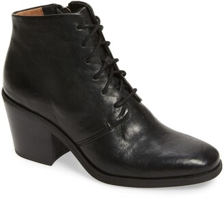 Sofft Corlea Lace-Up Bootie