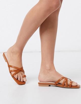 Raid Izzie toe loop sandals in tan