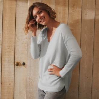 The White Company Cashmere Curved-Hem V-Neck Jumper , Powder Blue, Extra Small