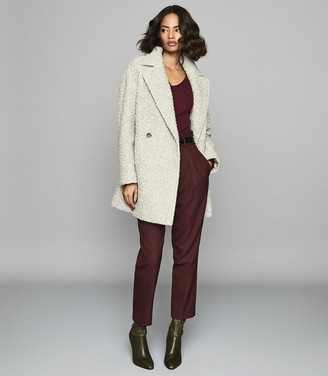 Reiss Elouise - Ribbed V-neck Jumper in Berry