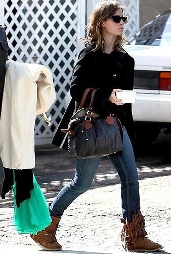 Koolaburra Savannity Boots in Chestnut as Seen On Jessica Biel, Lauren Conrad, and More-ON !