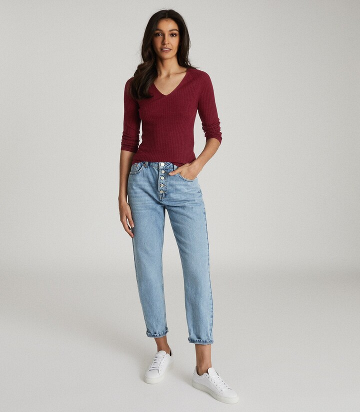 Reiss Elouise - Ribbed V-neck Jumper in Burgundy
