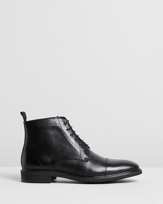 Double Oak Mills Hoy Leather Boots