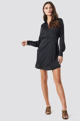 NA-KD Tie Waist Wrap Mini Dress