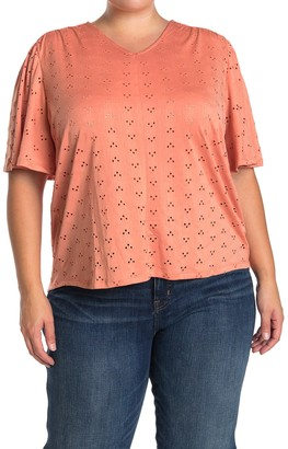 Como Vintage Eyelet Elbow Sleeve Top (Plus Size)
