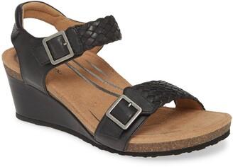 Aetrex Grace Wedge Sandal