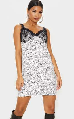 PrettyLittleThing Black Ditsy Floral Lace Cup Detail Shift Dress