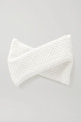 Bottega Veneta Twist Intrecciato Leather Clutch - Off-white