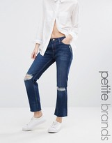 New Look Petite Busted Knee Jean With Raw Hem