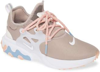 Nike Presto React Sneaker