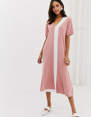 NATIVE YOUTH maxi t-shirt dress with peplum hem-Pink