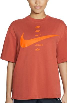 Nike Sportswear Swoosh Graphic Tee