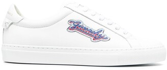 Givenchy Logo-Patch Sneakers